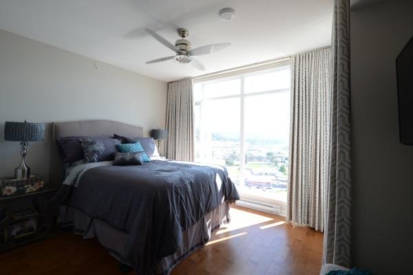 blackout-drapery-master-bedroom