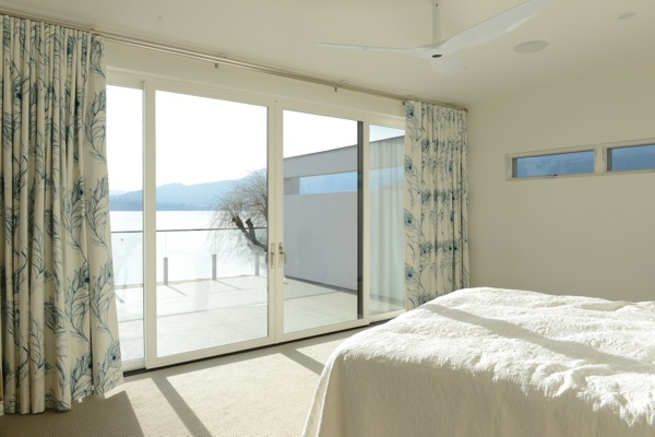 Choosing window coverings for a new home