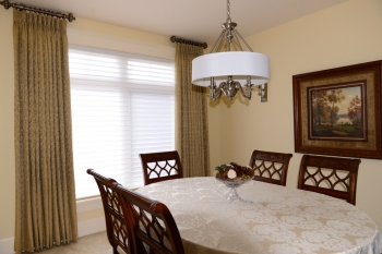 Traditional style dining room with Hunter Douglas silhouettes | The Well Dressed Window - Hunter Douglas Blinds