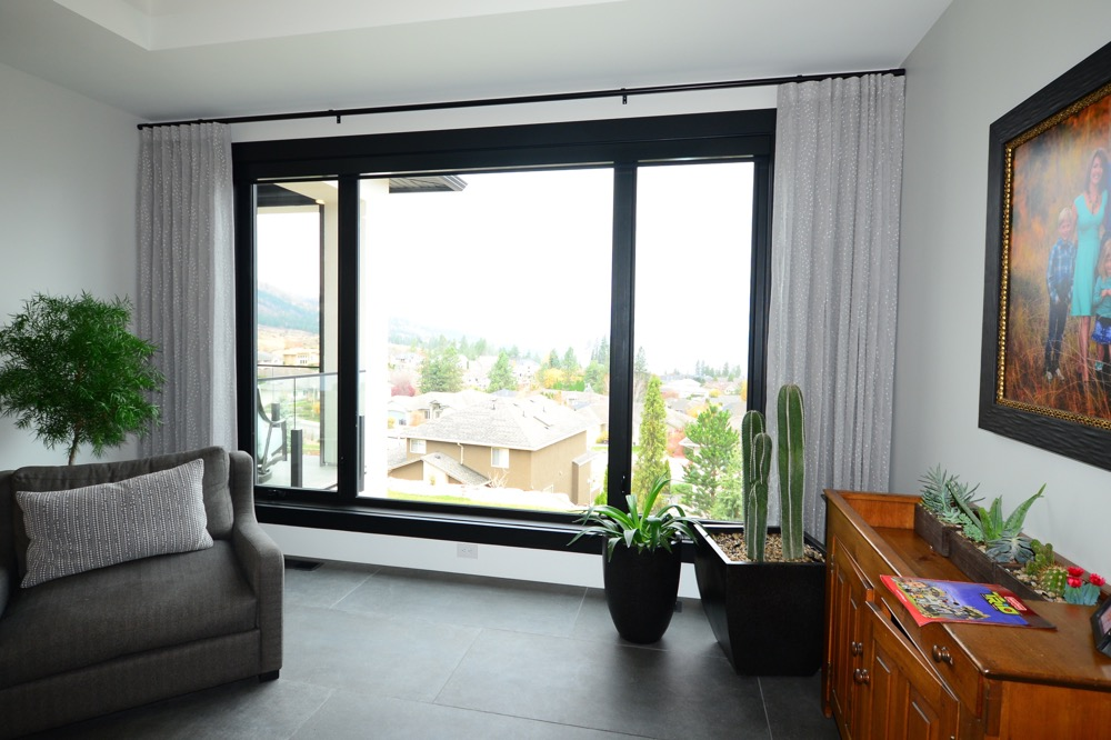 Drapery with Motorized Blinds