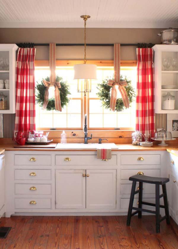 well-dressed-window-holiday-decor-ideas-3