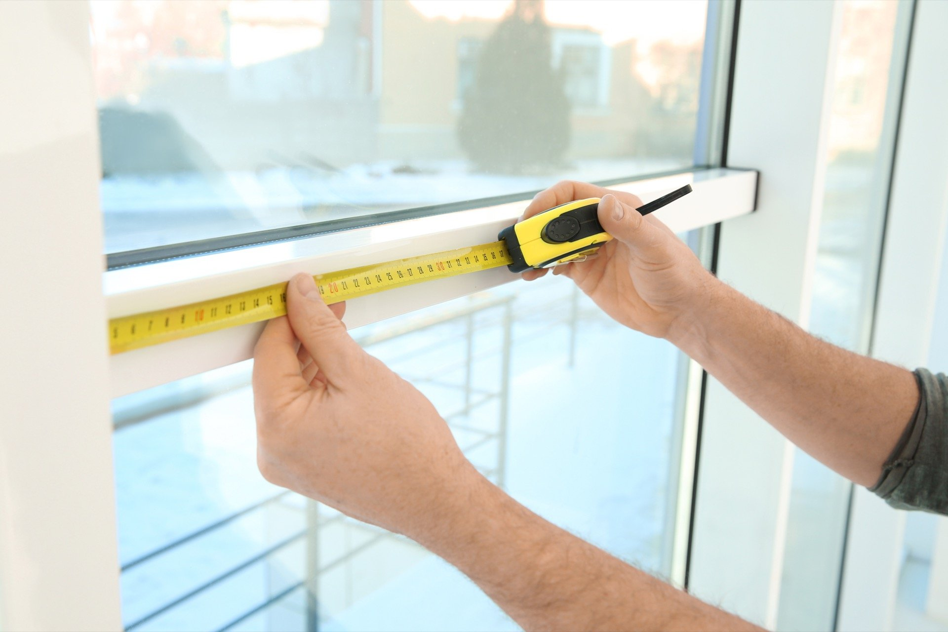 Measuring a window for inside-mounted blinds